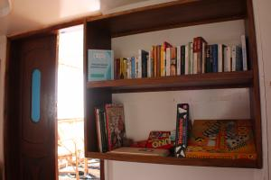la bibliothèque du Queen Tiyi